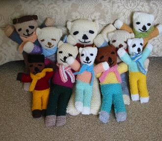 Daisy's knitted teddies
