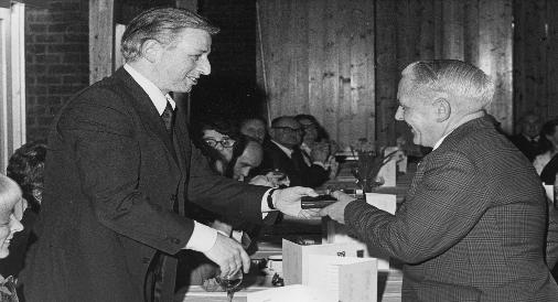 Fred receiving his long service award